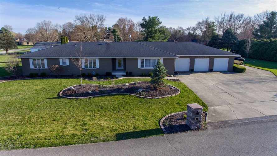 22360  Glenford Drive Goshen, IN 46528 | MLS 201913811