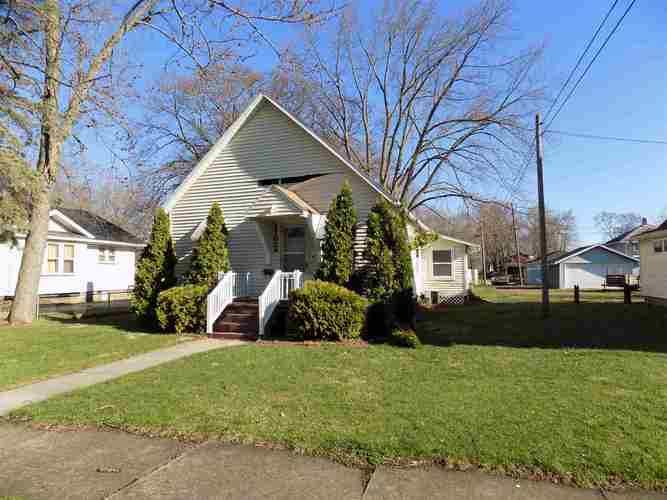 1122  Cedar Street Elkhart, IN 46514-2364 | MLS 201913856