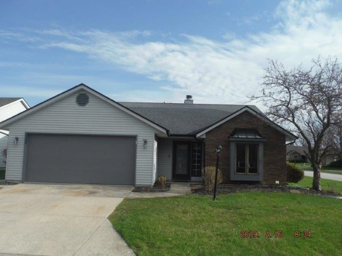 3014  Wood Knoll Lane Fort Wayne, IN 46804-7825 | MLS 201913935