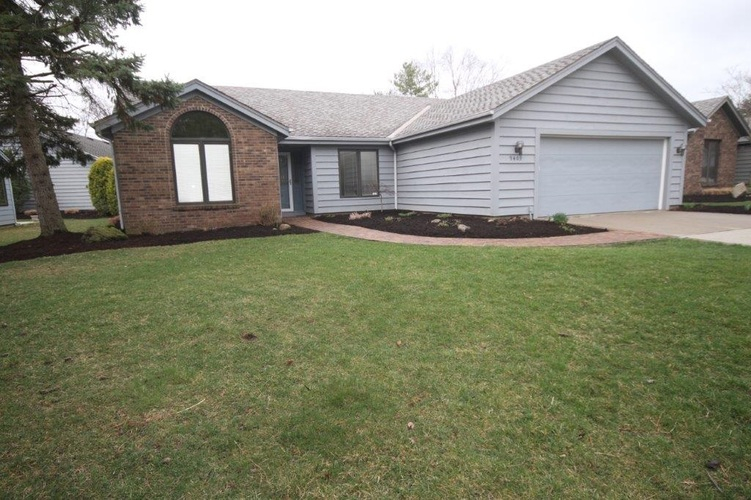 9409  Camberwell Drive Fort Wayne, IN 46804 | MLS 201914182