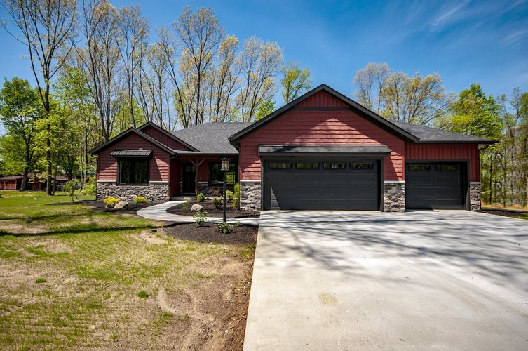 56703 Via Mirafiore Elkhart IN 46516 | MLS 201914234 | photo 1
