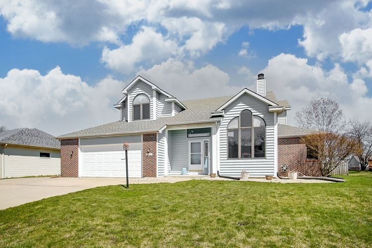415  Marborough Drive Fort Wayne, IN 46804 | MLS 201914371