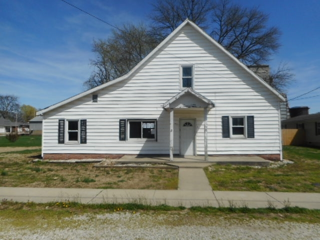 100 S Sharp Street Poseyville, IN 47633-8773 | MLS 201914650