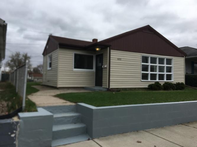 603  Fairmount Avenue Mishawaka, IN 46545 | MLS 201914668