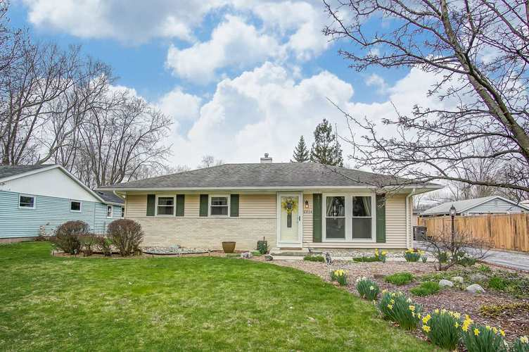 2014  Edenton Drive Fort Wayne, IN 46804-5828 | MLS 201914777