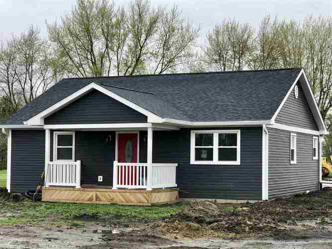 2020 W Green Street Frankfort, IN 47901 | MLS 201914907