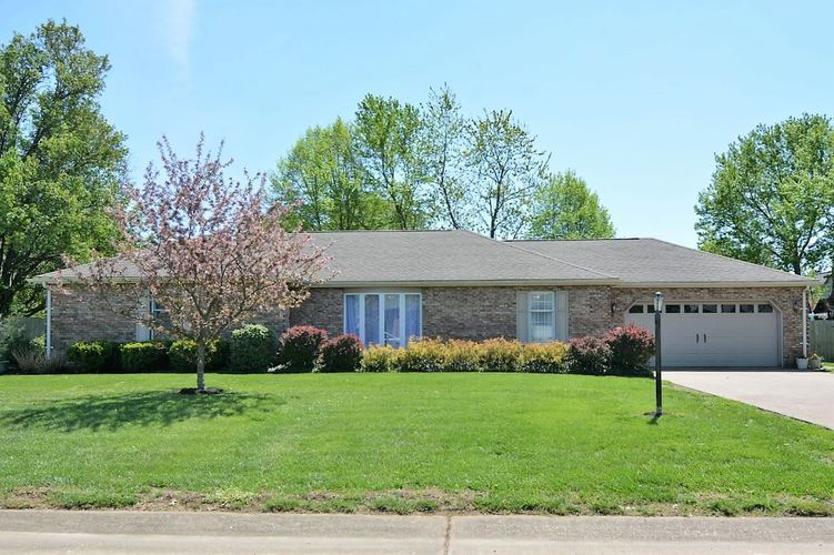 4721 Huntington Place Evansville, IN 47725 | MLS 201915073 | photo 1