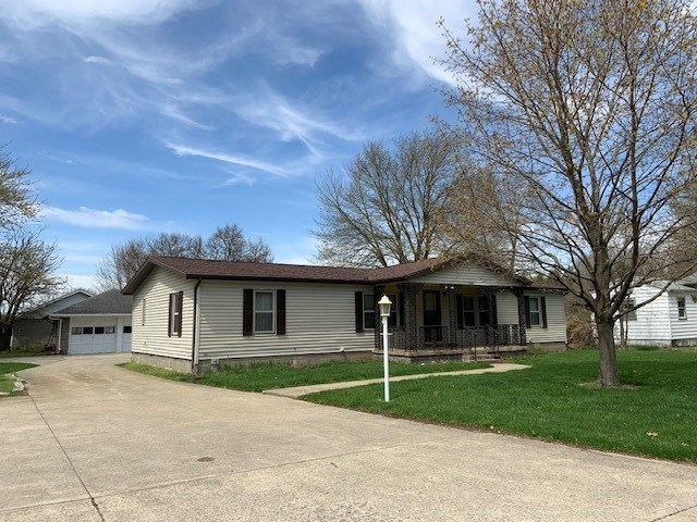 2829  Pleasant Plain Avenue Elkhart, IN 46517 | MLS 201915185
