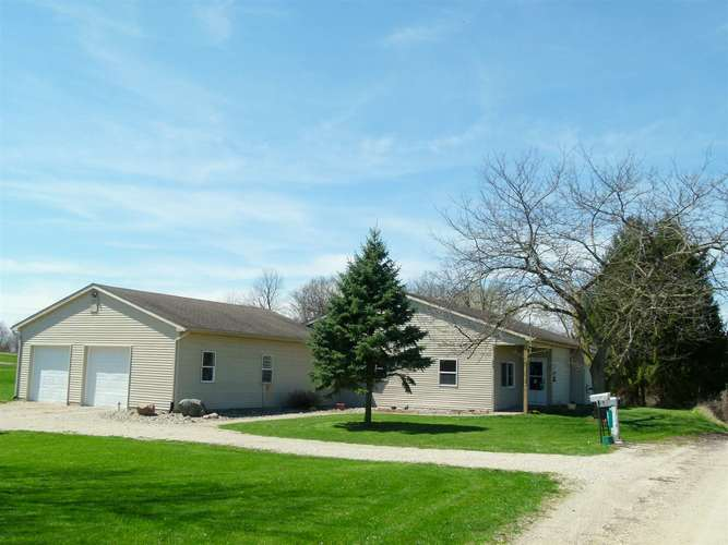 2925 W Buckles Road W Columbia City, IN 46725 | MLS 201915294 | photo 1