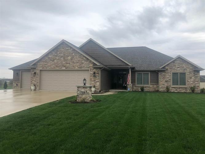 718  Forester Drive Bluffton, IN 46714-1260 | MLS 201916092