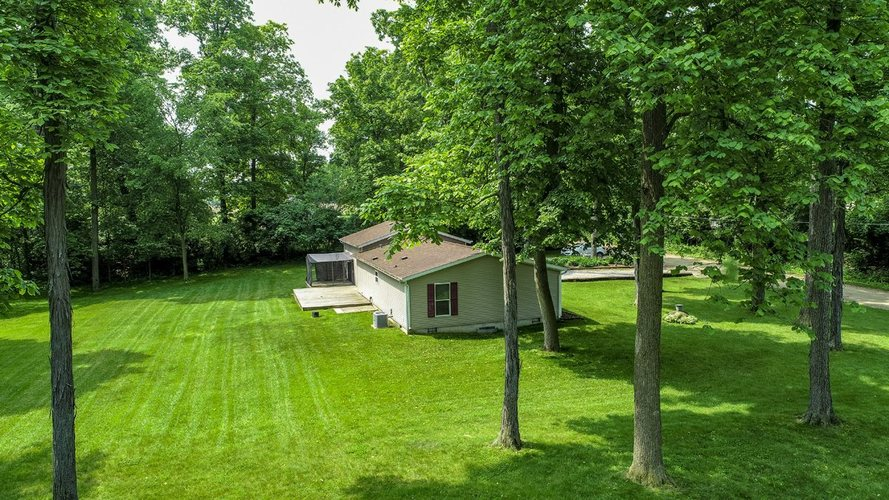 72956 County Road 37 Syracuse, IN 46567-9201 | MLS 201916175 | photo 4