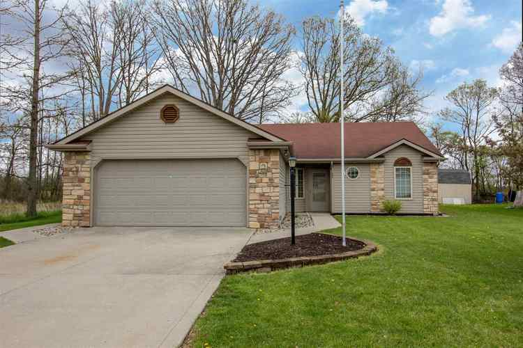 685 S Valley River Drive Columbia City, IN 46725 | MLS 201916938