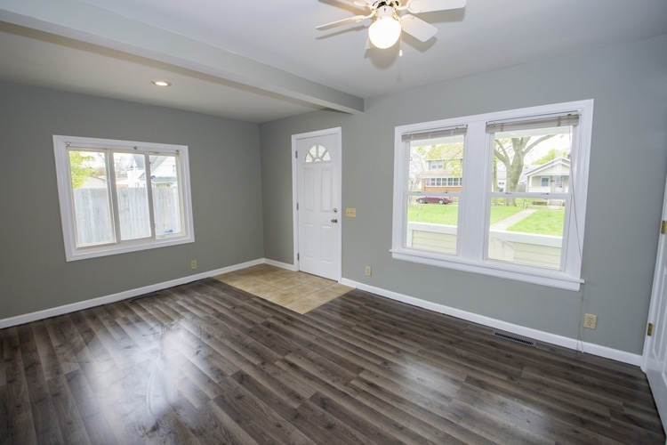 838 S 27th Street S South Bend, IN 46615-2216   MLS 201917291   photo 3