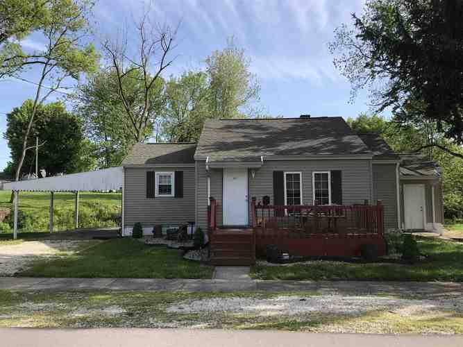 307 E WALNUT Street Odon, IN 47562 | MLS 201917366