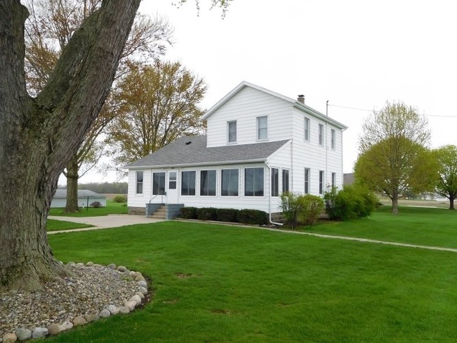 29882 County Road 40 Wakarusa, IN 46573-9547 | MLS 201917381 | photo 1