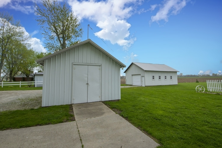 29882 County Road 40 Wakarusa, IN 46573-9547 | MLS 201917381 | photo 6