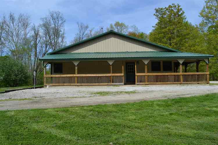 1996 N Country Club Road Peru, IN 46970-8387 | MLS 201917623
