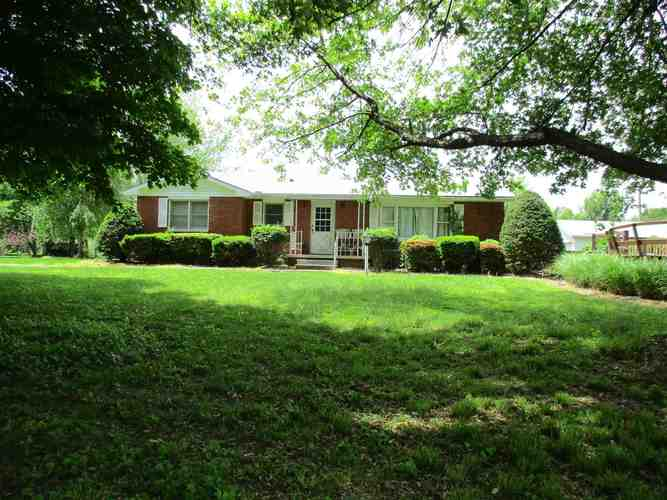420 S County Road 400 W.  Rockport, IN 47635 | MLS 201918124