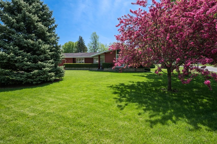 8 Crestwood Drive Winchester, IN 47394   MLS 201918266   photo 3