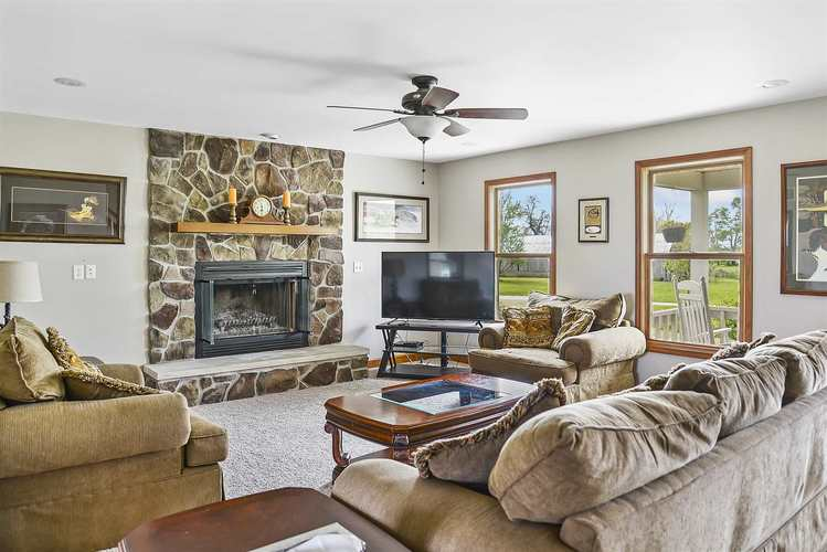 7336 County Road 1125 North New Richmond, IN 47967 | MLS 201918270 | photo 2