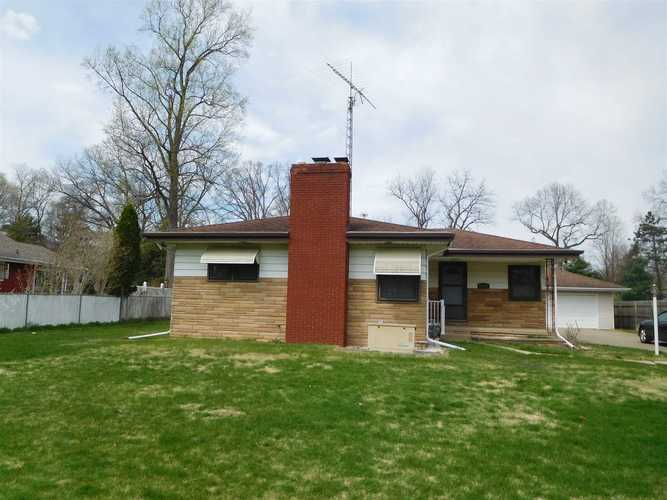 21333  MAYS Drive South Bend, IN 46628   MLS 201918529