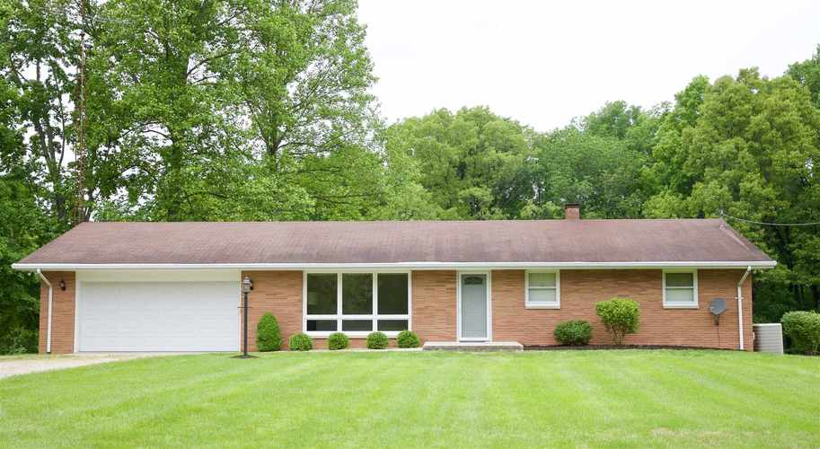 7301 E Old State Road 64 E Stendal, IN 47585 | MLS 201918578 | photo 1