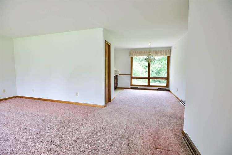 7301 E Old State Road 64 E Stendal, IN 47585 | MLS 201918578 | photo 4