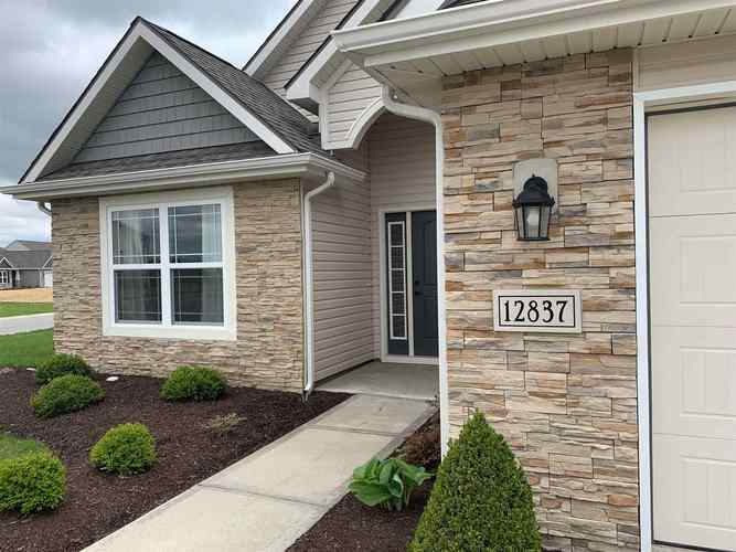 12837  Page Hill Court Fort Wayne, IN 46818 | MLS 201918666