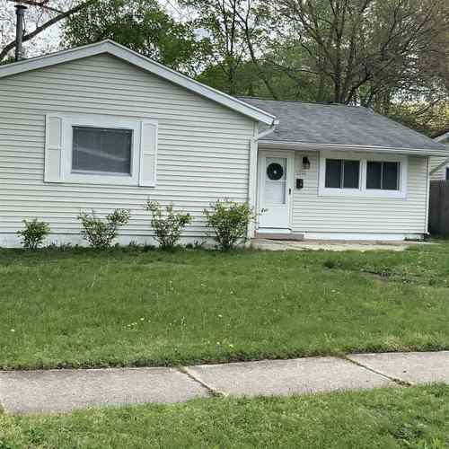 1348 Ebeling Drive South Bend IN 46615   MLS 201919027   photo 1