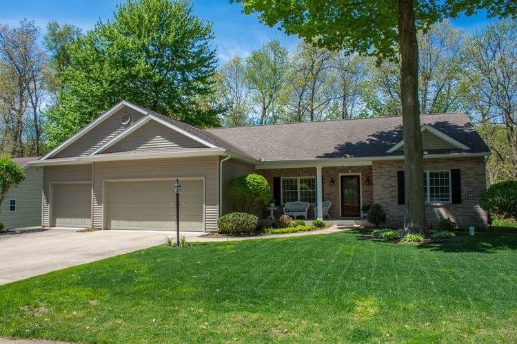 50681  Hidden Forest Drive South Bend, IN 46628-8127 | MLS 201919104