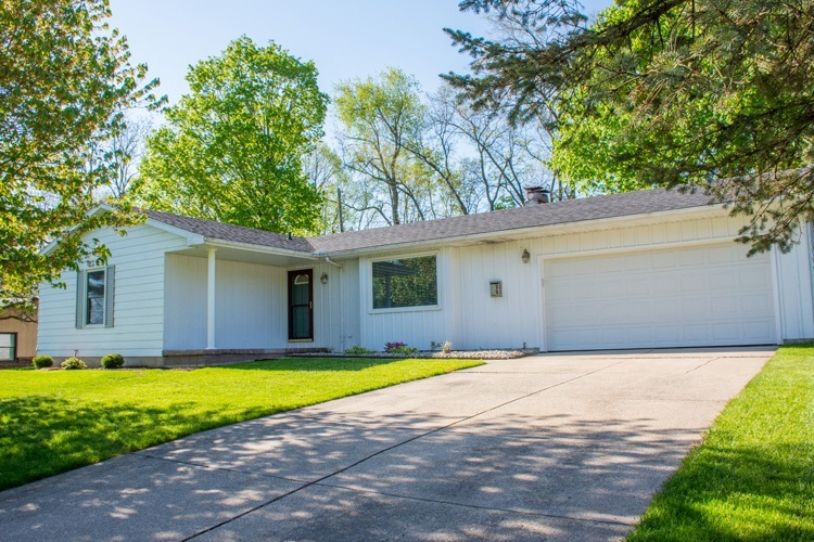 19570 Old Ridge Road South Bend, IN 46614 | MLS 201919285 | photo 1