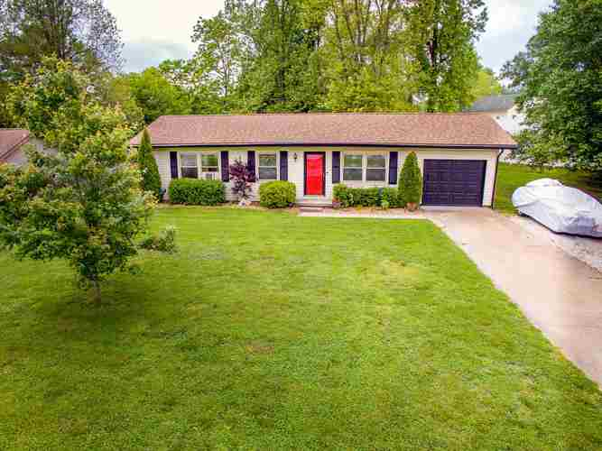 1721  Autumn Drive Boonville, IN 47601   MLS 201919467