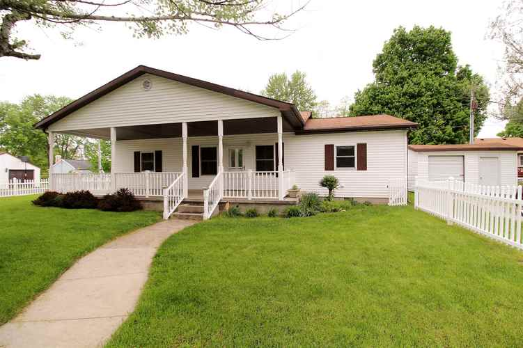 901 E North G St Street Gas City, IN 46933 | MLS 201919639