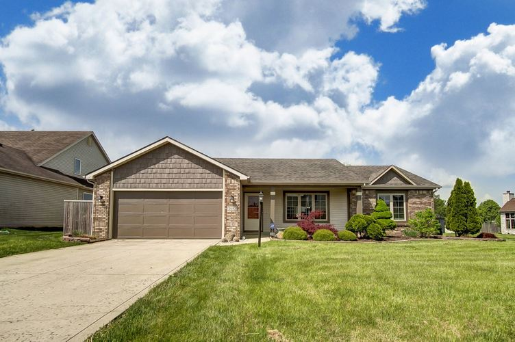 2610  Grassy Creek Run Fort Wayne, IN 46804 | MLS 201919735