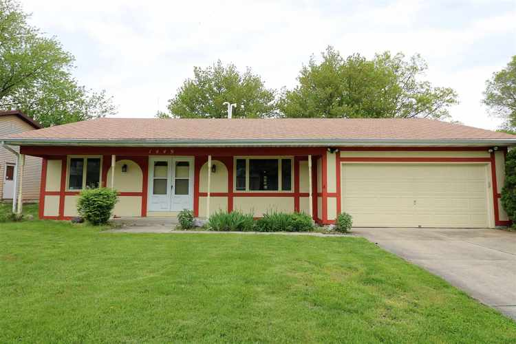 1449  Hampshire Drive South Bend, IN 46614-6005 | MLS 201919743