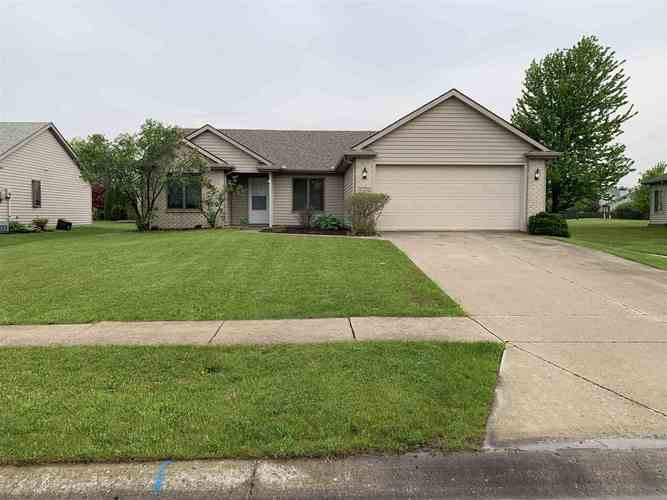 7419 Country Hill Drive Fort Wayne, IN 46835   MLS 201919748   photo 1
