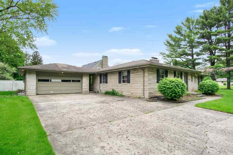 103 S Esther Street South Bend IN 46617 | MLS 201919790 | photo 1