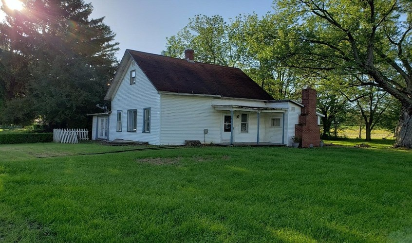 8522 W State Road 26  Rossville, IN 46065 | MLS 201919925