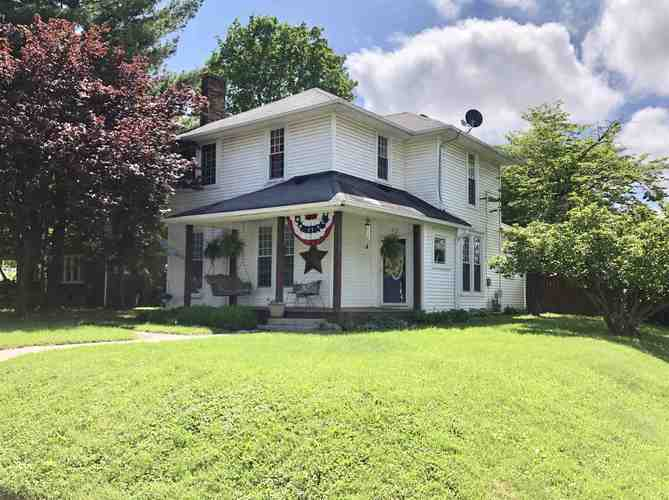 400 S Clay Street Frankfort, IN 46041-2515 | MLS 201919993