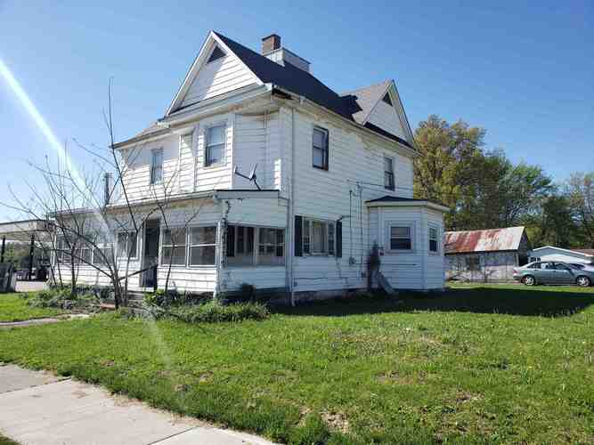 705 W Main Street Jasonville, IN 47438 | MLS 201920393