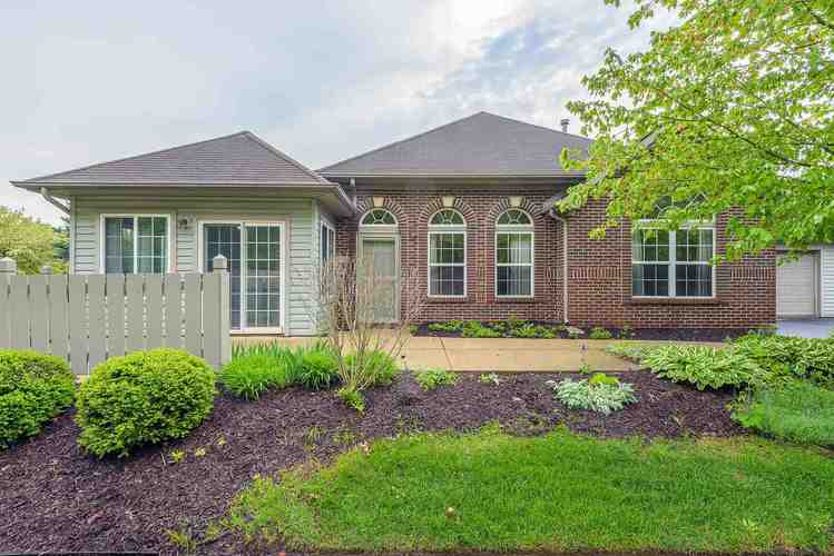 4236  Forest Creek Parkway Fort Wayne, IN 46815 | MLS 201920429