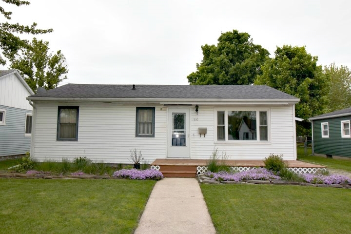 910 S State Street Kendallville, IN 46755-2175 | MLS 201920476