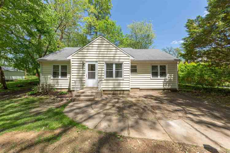 17851 Ponader Drive South Bend, IN 46635-1507 | MLS 201920731 | photo 1