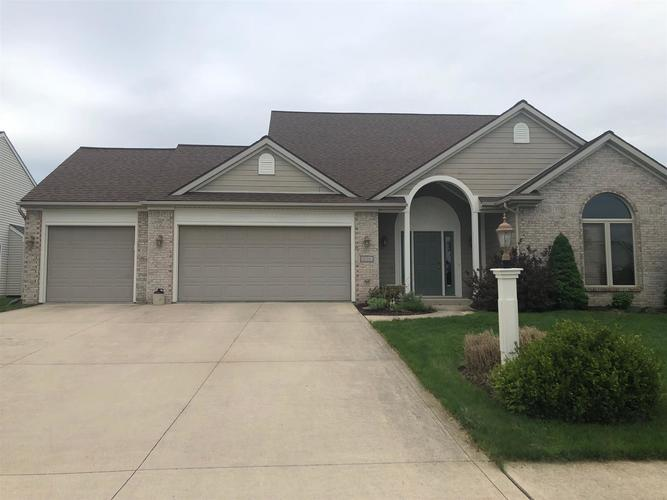 1220  Almdale Drive Fort Wayne, IN 46818-8429 | MLS 201920906