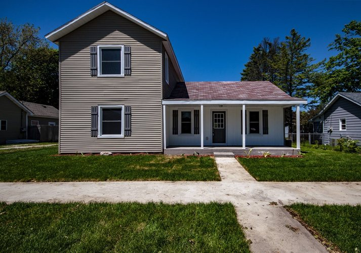 409  Front Street New Carlisle, IN 46552 | MLS 201921158