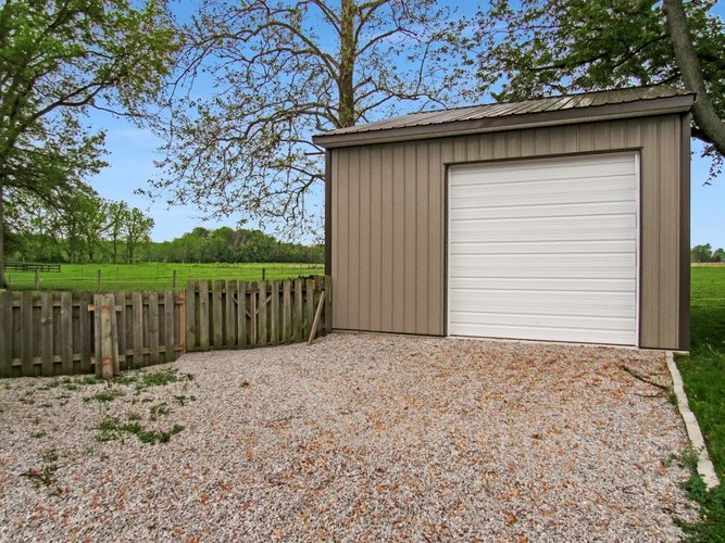 70631 State Road 19 Road Nappanee, IN 46550-8920   MLS 201921627   photo 26