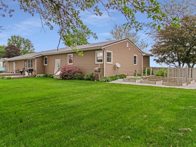 70631 State Road 19 Road Nappanee, IN 46550-8920   MLS 201921627   photo 30