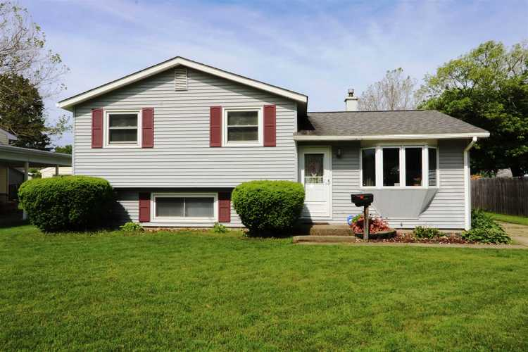 1839 Winston Drive South Bend, IN 46635 | MLS 201921670 | photo 1