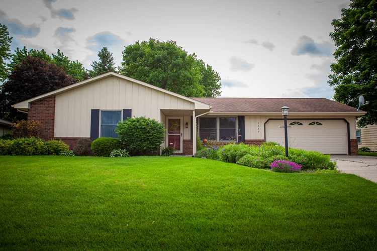 3008  Hollendale Drive New Haven, IN 46774 | MLS 201922029