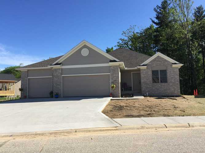 249  River Park Drive Middlebury, IN 46540 | MLS 201922032